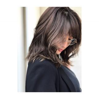3Dカラー ブリーチ デジタルパーマ ナチュラル ヘアスタイルや髪型の写真・画像