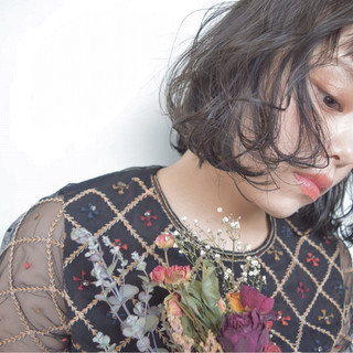 フリンジバング アッシュ ボブ ガーリー ヘアスタイルや髪型の写真・画像
