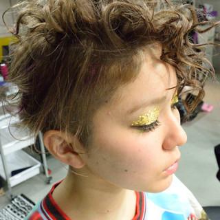 ツーブロック 外国人風 アッシュグレージュ アッシュ ヘアスタイルや髪型の写真・画像