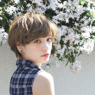 アッシュ ナチュラル ショート ピュア ヘアスタイルや髪型の写真・画像