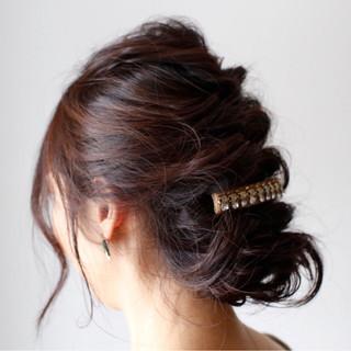 フェミニン くるりんぱ ヘアアレンジ 簡単ヘアアレンジ ヘアスタイルや髪型の写真・画像