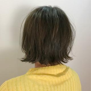 ボブ 切りっぱなし ナチュラル 冬 ヘアスタイルや髪型の写真・画像