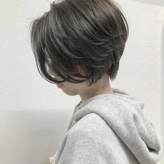 ショートボブ ハイライト ショート ミニボブ ヘアスタイルや髪型の写真・画像