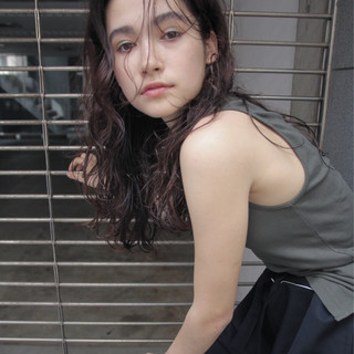 ウェーブ ストリート 外国人風 ロング ヘアスタイルや髪型の写真・画像