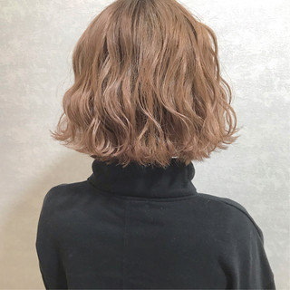 グレージュ カジュアル ボブ 韓国ヘア ヘアスタイルや髪型の写真・画像