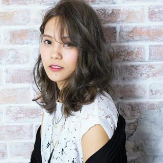 アッシュ 大人かわいい 暗髪 ストリート ヘアスタイルや髪型の写真・画像