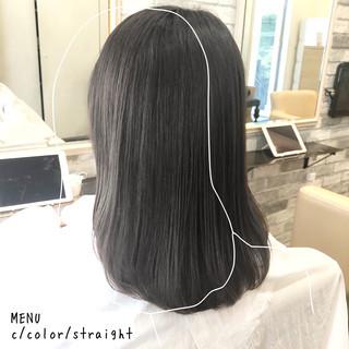セミロング 縮毛矯正 ナチュラル ストレート ヘアスタイルや髪型の写真・画像