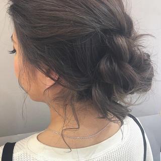 ミディアム ヘアアレンジ デート フェミニン ヘアスタイルや髪型の写真・画像