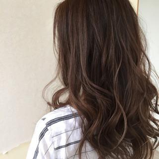 コンサバ セミロング グラデーションカラー ハイライト ヘアスタイルや髪型の写真・画像