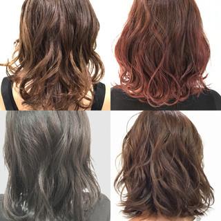 オフィス ミディアム ヘアアレンジ パーマ ヘアスタイルや髪型の写真・画像