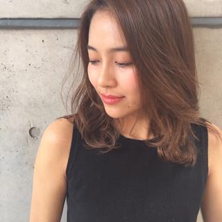 パーマ 抜け感 ミディアム 外国人風 ヘアスタイルや髪型の写真・画像