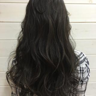 ハイライト 暗髪 セミロング グラデーションカラー ヘアスタイルや髪型の写真・画像