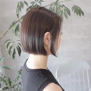 大人女子 グレージュ ナチュラル ボブ ヘアスタイルや髪型の写真・画像
