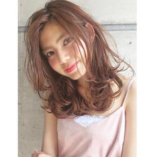 アッシュ 外国人風 ガーリー かわいい ヘアスタイルや髪型の写真・画像