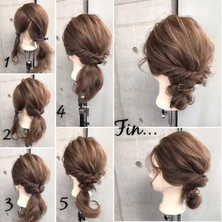 シニヨン ヘアアレンジ 大人女子 簡単ヘアアレンジ ヘアスタイルや髪型の写真・画像