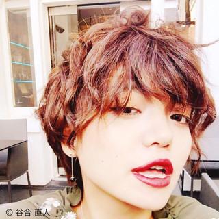 大人かわいい 丸顔 ガーリー フェミニン ヘアスタイルや髪型の写真・画像