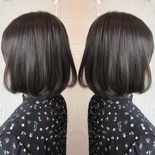 ナチュラル ボブ グレージュ イルミナカラー ヘアスタイルや髪型の写真・画像