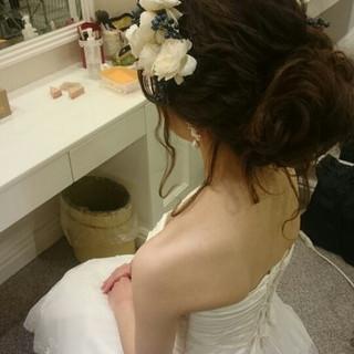 ゆるふわ フェミニン ブライダル ドレス ヘアスタイルや髪型の写真・画像