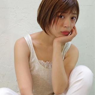 ピュア ハイライト フェミニン 前髪あり ヘアスタイルや髪型の写真・画像