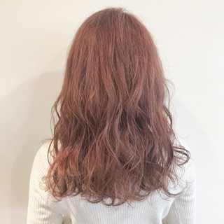 イルミナカラー フェミニン ピンクベージュ クリーミーカラー ヘアスタイルや髪型の写真・画像