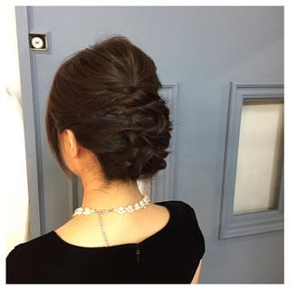ショート ねじり 結婚式 編み込み ヘアスタイルや髪型の写真・画像