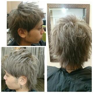 アッシュ ブリーチ ショート ストリート ヘアスタイルや髪型の写真・画像