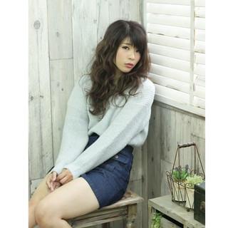 大人かわいい ゆるふわ 外国人風 巻き髪 ヘアスタイルや髪型の写真・画像