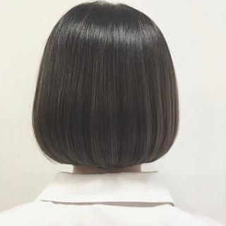 まとまるボブ 切りっぱなしボブ ショートボブ ミニボブ ヘアスタイルや髪型の写真・画像