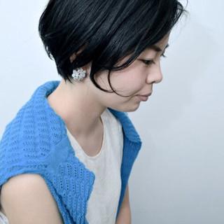 前髪あり モード 黒髪 切りっぱなし ヘアスタイルや髪型の写真・画像