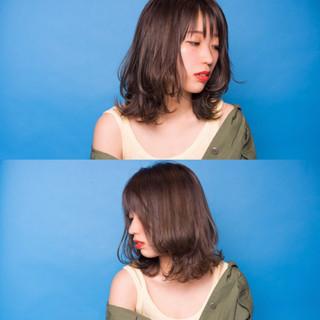 ミルクティー ヘアアレンジ ナチュラル アンニュイ ヘアスタイルや髪型の写真・画像
