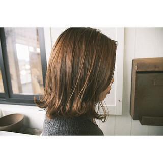 外国人風 ミディアム 外ハネ ナチュラル ヘアスタイルや髪型の写真・画像