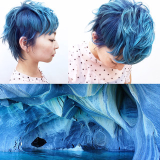 ハイトーン ブルー 個性的 ショート ヘアスタイルや髪型の写真・画像