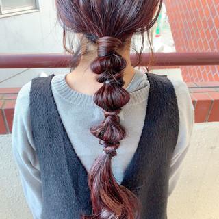 ロング 赤髪 簡単ヘアアレンジ ヘアアレンジ ヘアスタイルや髪型の写真・画像