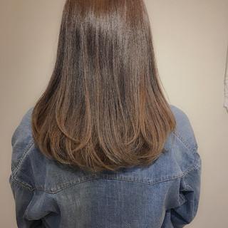 ロング ナチュラル 大人ハイライト バレイヤージュ ヘアスタイルや髪型の写真・画像