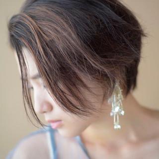 前髪あり ナチュラル ショート かき上げ前髪 ヘアスタイルや髪型の写真・画像
