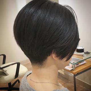 ショートボブ ショートヘア まとまるボブ 前下がりボブ ヘアスタイルや髪型の写真・画像