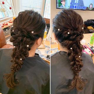 編み込みヘア フェミニン 編みおろし ダウンスタイル ヘアスタイルや髪型の写真・画像
