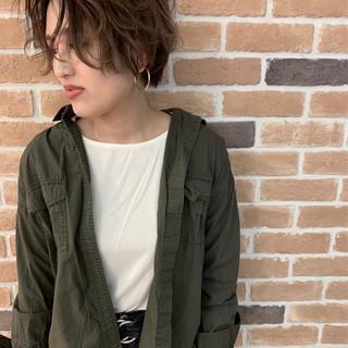 ハイライト ゆるふわ ショート アンニュイほつれヘア ヘアスタイルや髪型の写真・画像
