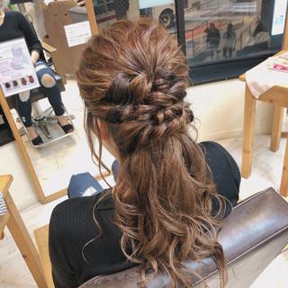 ヘアアレンジ ハーフアップ エレガント セミロング ヘアスタイルや髪型の写真・画像
