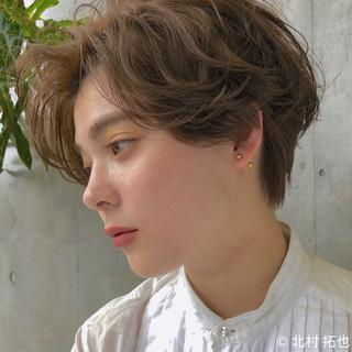 ショートヘア シアーベージュ ハンサムショート ショート ヘアスタイルや髪型の写真・画像