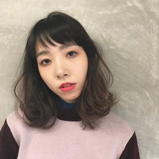 ミディアム 小顔 モード 大人女子 ヘアスタイルや髪型の写真・画像