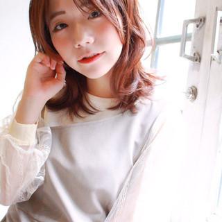 パーマ ミディアム フェミニン 大人かわいい ヘアスタイルや髪型の写真・画像
