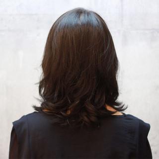 ミディアム イルミナカラー オフィス デート ヘアスタイルや髪型の写真・画像