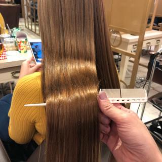 ヘアカラー ツヤ髪 ミルクティーベージュ トリートメント ヘアスタイルや髪型の写真・画像