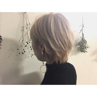 ミルクティー フリンジバング モード こなれ感 ヘアスタイルや髪型の写真・画像
