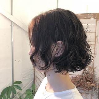 ボブ デート ゆるふわ オフィス ヘアスタイルや髪型の写真・画像