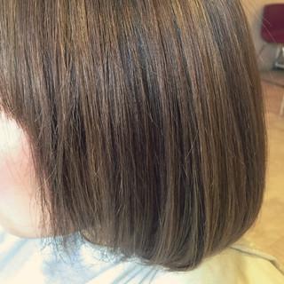 ミルクティーベージュ ハイライト ミルクティー ボブ ヘアスタイルや髪型の写真・画像