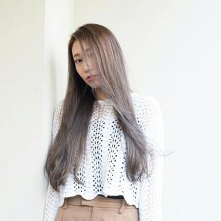 アッシュ 外国人風 グラデーションカラー 卵型 ヘアスタイルや髪型の写真・画像