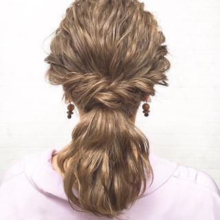 フェミニン ポニーテールアレンジ 簡単ヘアアレンジ ロング ヘアスタイルや髪型の写真・画像