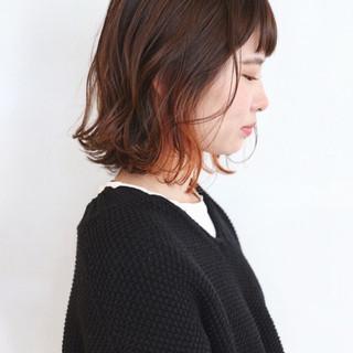 ストリート インナーカラーオレンジ インナーカラー ベージュ ヘアスタイルや髪型の写真・画像